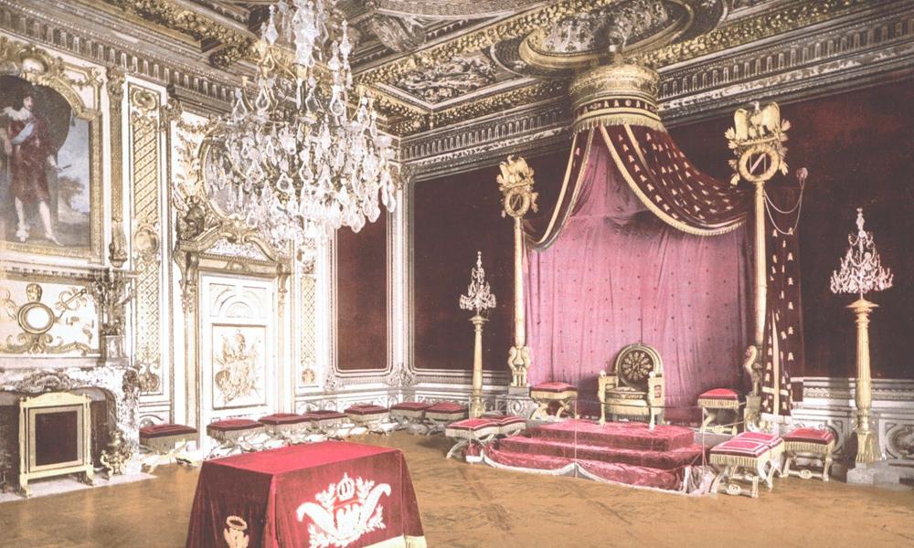 Мебель и интерьер в стиле Ампир